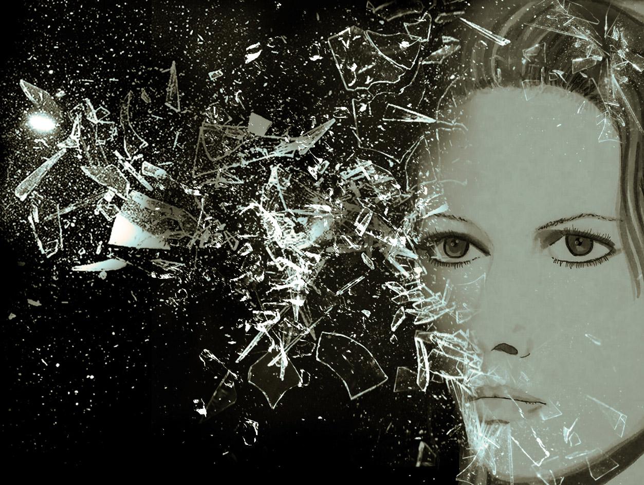 photo montage representant Claudia Cardinale derrier une explosion de glace